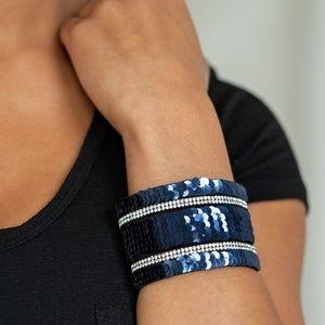 Blue/silver mermaid bracelet